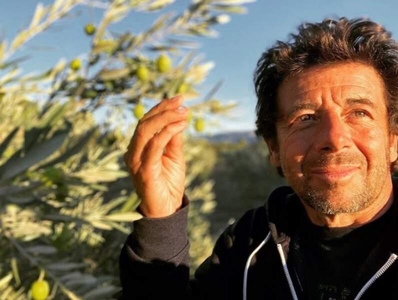 Patrick Bruel a les olives.