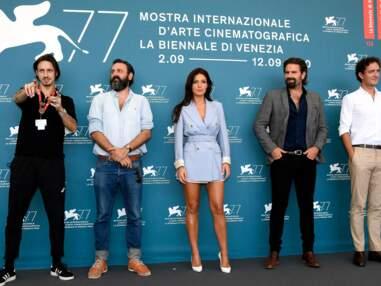 Adèle Exarchopoulos sexy sur le tapis rouge de la Mostra de Venise (2020)