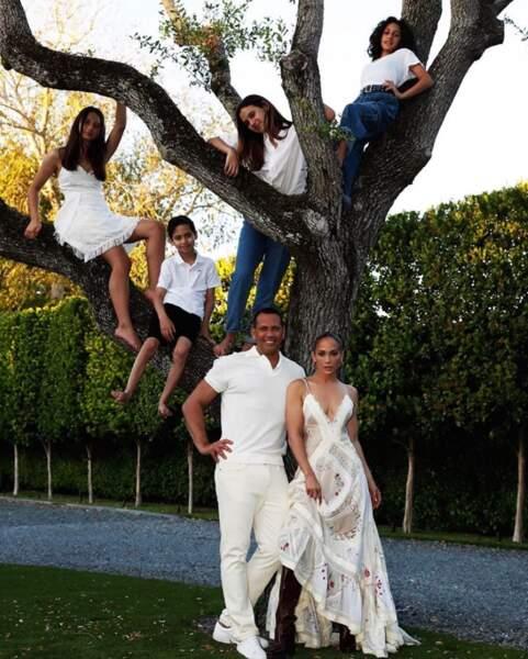 Voici l'arbre généalogique de Jennifer Lopez. Littéralement.