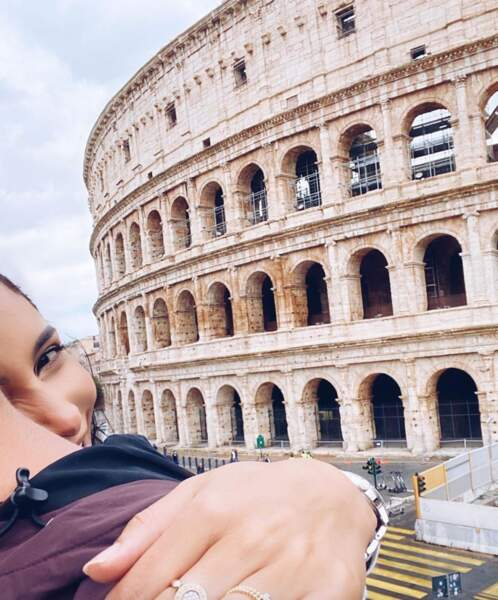 Sananas vivait la dolce vita à Rome avec son petit-ami à l'identité secrète.
