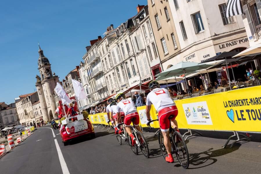 Les coureurs du jour ont profité des magnifiques décors entre La Rochelle et l'Ile de Ré lors de cette étape du coeur!