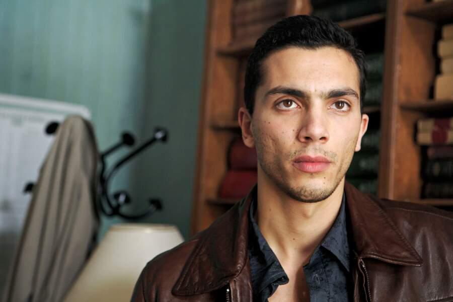 Arrivé en saison 2 dans la peau d'un infiltré, Samir Boitard a quitté la série en saison 4