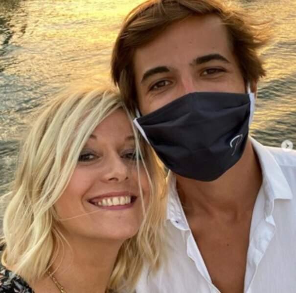 Selfie mère-fils pour Flavie Flament et Antoine.