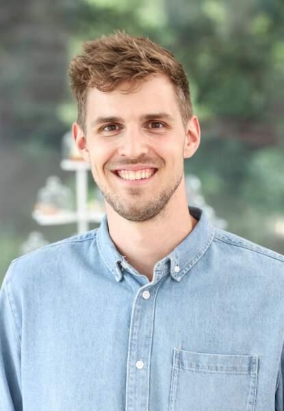 Édouard, 27 ans, est ingénieur électronique
