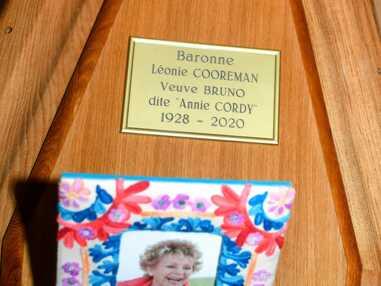 Mort d'Annie Cordy : les adieux de sa nièce, Dave, Virginie Hocq, Michèle Torr…
