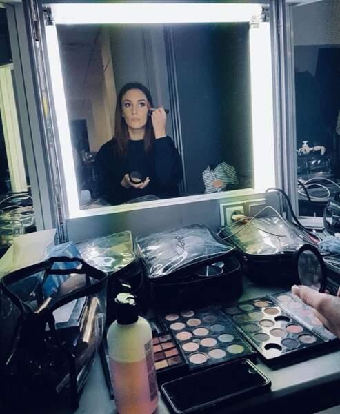 Pour la comédienne, il y a les sessions maquillage des Mystères de l'amour où tout va bien...