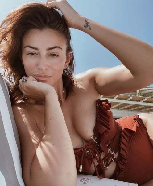 Et souvenirs en maillot de bain pour Rachel Legrain-Trapani à Mykonos.