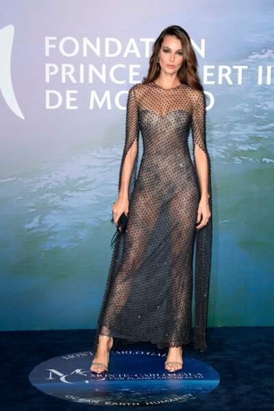 Le top model brésilien Sofia Resing