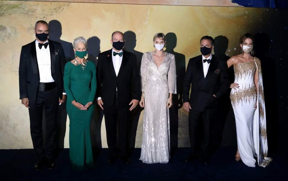 Saurez-vous les reconnaître derrière leurs masques ?!