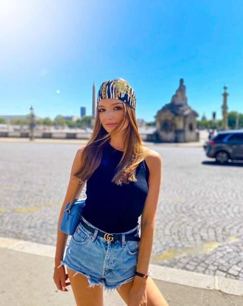 Miss Pays de la Loire profite d'une journée estivale ensoleillée à Paris