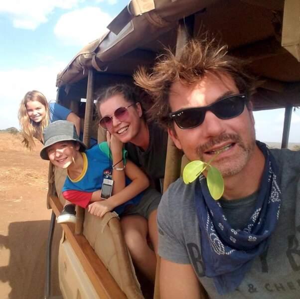 La petite famille de Jerry O'Connell et Rebecca Romijn en voyage au Kenya.