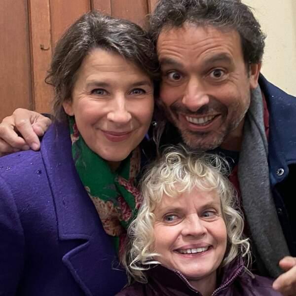 Isabelle Gélinas, Bruno Salomone et Isabelle Nanty en sont tout heureux. Ils en oublient même la distanciation sociale...