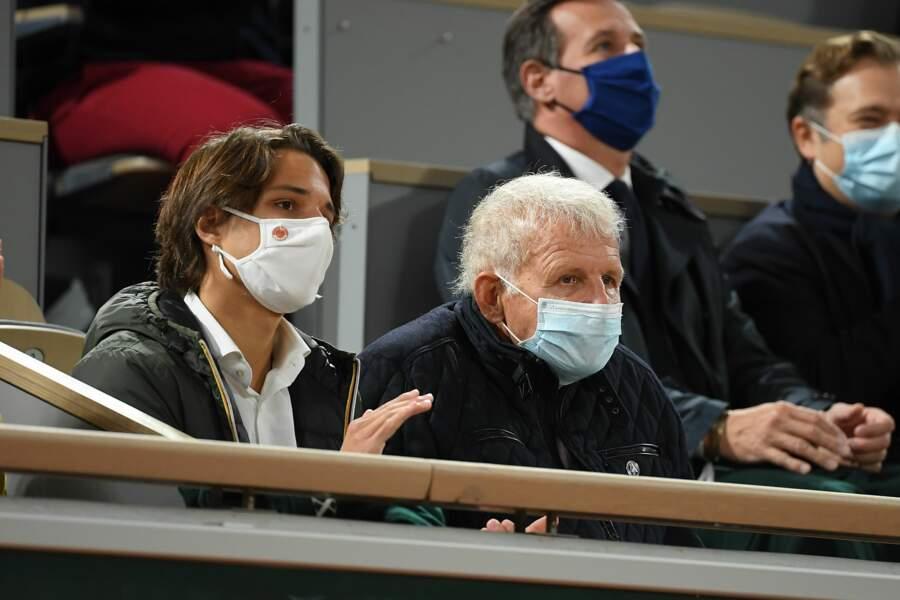 Patrick Poivre D'Arvor est un éternel fan de tennis.