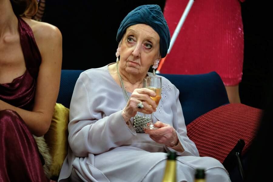 Marie Pierre Casey, alias Claude, la retraitée dans La Flamme