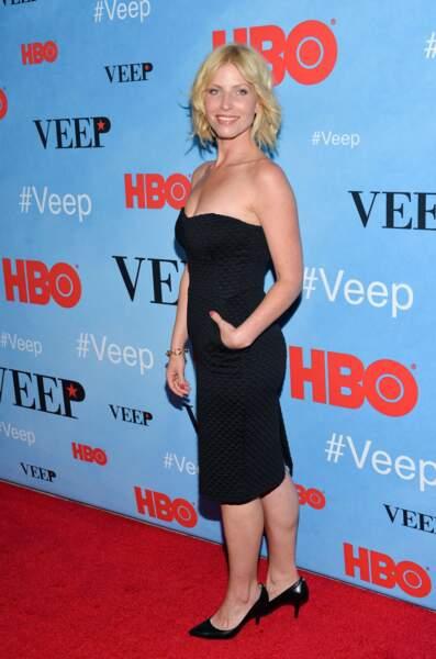 Dans Burning Love, Morgan Walsh est Vivian, la prétendante enceinte
