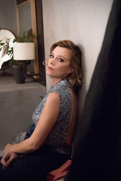 Céline Sallette est Manon, une sans domicile fixe dans La Flamme