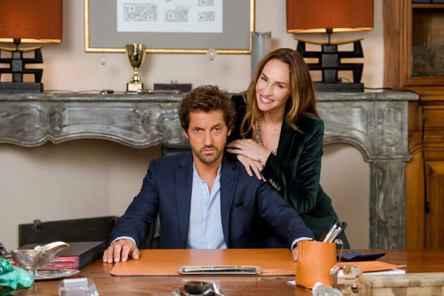 Antoine et Rose (Vanessa Demouy) forment un couple d'enfer ! Ils auront de bons contact avec les élèves