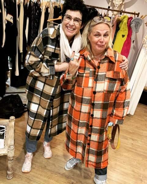 Toujours prête à rigoler, Valérie Damidot ose toutes les tenues !