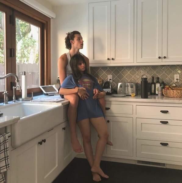 Encore un peu d'amour : Shawn Mendes et Camila Cabello dans leur cuisine.