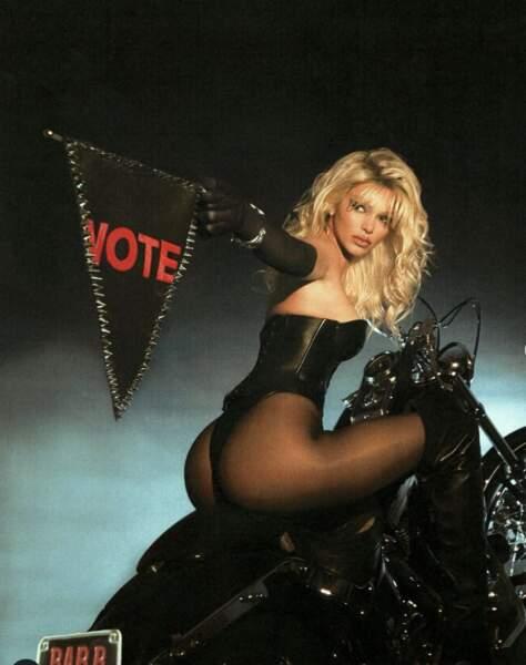 Kendall Jenner en Pamela Anderson pour inciter les américains à voter pour l'élection présidentielle