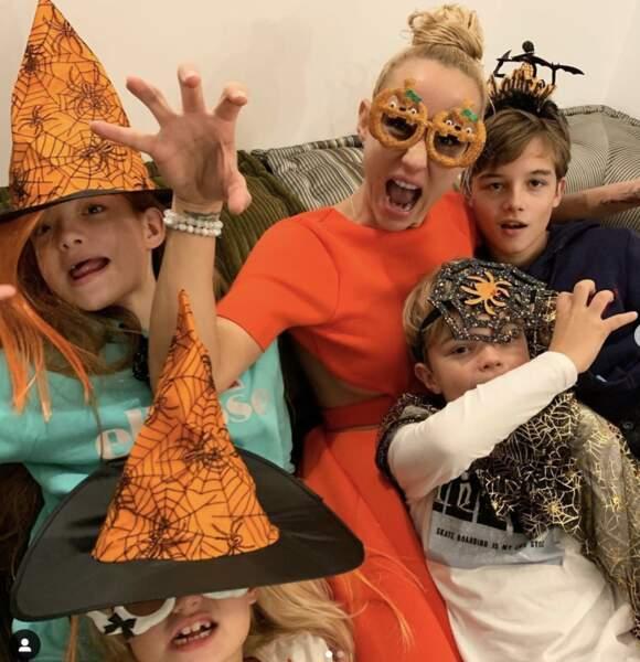 Elodie Gossuin fête Halloween en famille