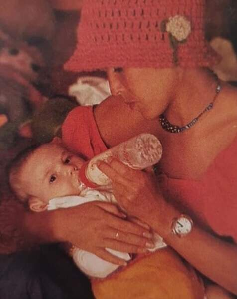 Photo vintage pour Elsa Lunghini et sa maman Christiane.