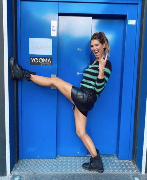Tout aussi graou : Laury Thilleman en mini-jupe en cuir.