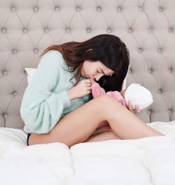 Quelques heureux évènement : la youtubeuse Noémie MakeUp Touch a accouché d'une petite fille.