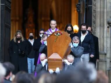 Obsèques de Cyril Colbeau-Justin : Florence Foresti, Dominique Farrugia, Kad Merad... réunis pour un dernier adieu