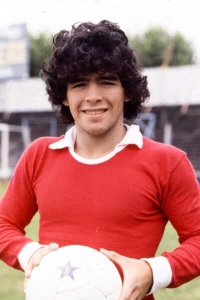 Diego joua 5 ans pour le club des  Argentinos Juniors avant de rejoindre Boca Juniors. Ici en 1978, l'année où l'Argentine organise et gagne le Mondial mais sans Diego, non retenu dans l'équipe.