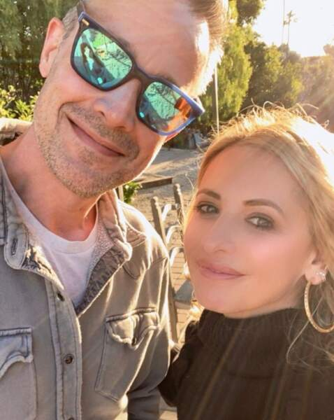 Selfie en amoureux pour Sarah Michelle Gellar et son mari Freddie Prinze Jr.