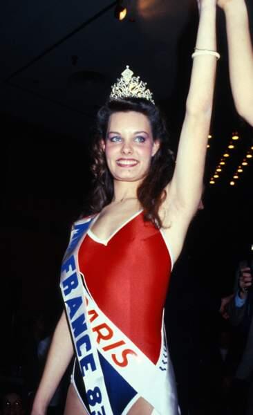 """Miss France 1983, Isabelle Turpault. Elle perd son titre de Miss France 1983, après avoir posé en lingerie pour le magazine """"Paris Match"""""""