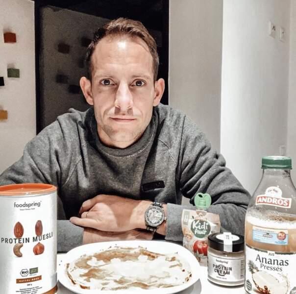 C'est pas tout ça mais Renaud Lavillenie nous attend pour le petit-déj'.