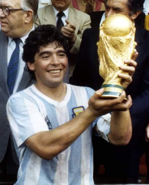 Diego Maradona, footballeur, disparu le 25 novembre à 60 ans