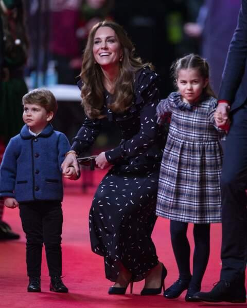 La princesse Charlotte était entre ses deux parents
