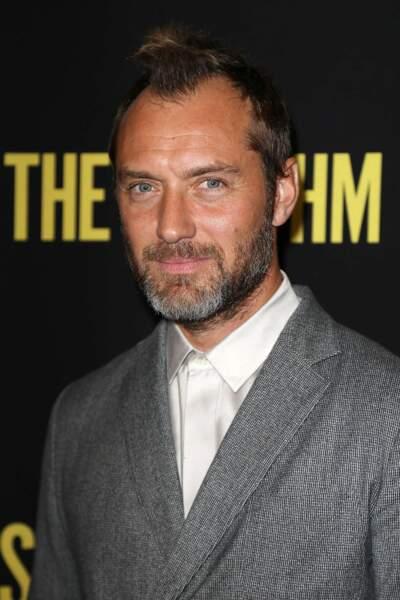 Au cours d'une interview en septembre, l'acteur Jude Law révèle qu'il est papa pour la sixième fois. Marié à Phillipa Coan,  depuis 2019, les amoureux ont accueilli au mois d'Aout un bébé. Fille ou garçon ? À vos pronostics....