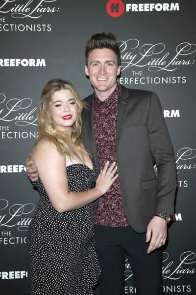L'actrice de Pretty Little Liars, Sasha Pieterse,  et son mari, Hudson Sheaffer, en couple depuis 8 ans, vous présente leur garçon