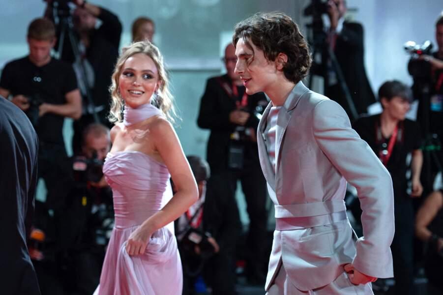 Lily Rose Depp & Timothée Chalamet Leur divine idylle n'aura duré qu'un an,  le jeune le couple s'est séparé au début de l'été .