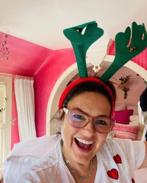 Evidemment, avec l'approche de Noël, certains ont enfilé leurs plus belles tenues et accessoires, à commencer par Mariska Hargitay.