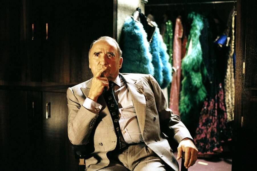 """Ambiance cabaret pour l'acteur  dans """"le héros de la famille"""" (2006)"""