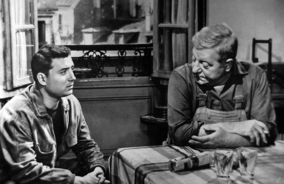 Très vite le jeune Claude montre des dispositions pour le cinéma. Ici en 1959 aux cotés de Jean Gabin dans Rue des prairies de Denys de la patellière.