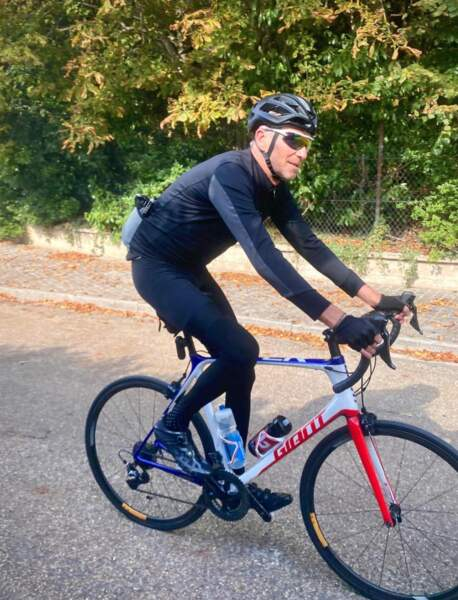 Denis Brogniart est passionné de vélo
