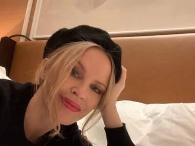 Instagram : la youtubeuse Sissy Mua pose topless, bronzette et bikini pour Iris Mittenaere