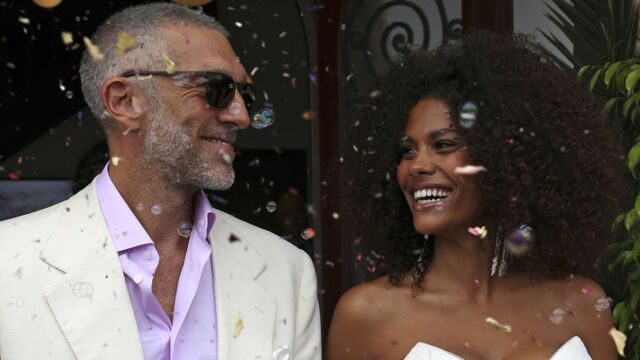 Vive les mariés ! Tina Kunakey et Vincent Cassel se sont passés la bague au doigt (PHOTOS)