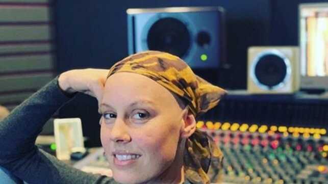 """Fanny Leeb, la fille du Michel Leeb, révèle être atteinte d'un cancer du sein """"très agressif"""" (PHOTO) - actu - Télé 2 semaines"""