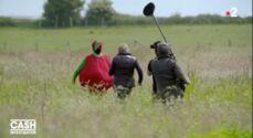 Cash investigation : course-poursuite entre Elise Lucet et... une tomate géante (VIDEO)