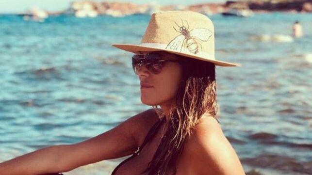 En vacances, Karine Ferri dévoile sa silhouette et séduit les internautes (PHOTO) - actu - Télé 2 semaines