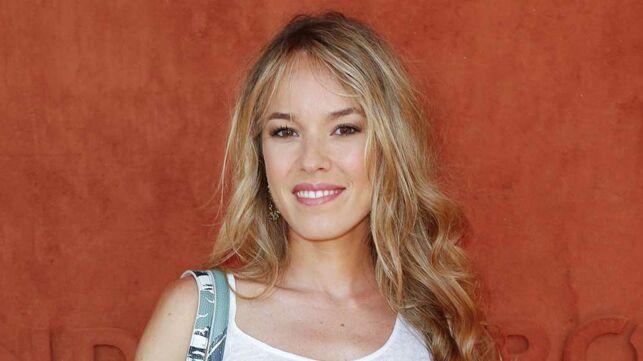 Elodie Fontan : rayonnante, elle pose en maillot de bain sur un bateau (PHOTO) - cinema - Télé 2 semaines
