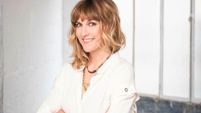 Je t'aime etc… : Daphné Bürki va accueillir de nouveaux chroniqueurs dont une surprise !