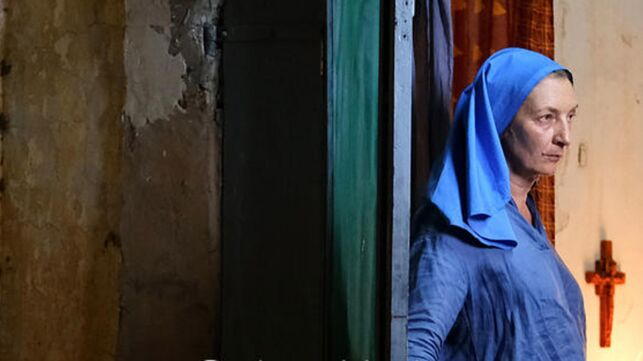 Corinne Masiero : son personnage de Colombine (TF1) est-il inspiré d'une vraie religieuse ? - series - Télé 2 semaines